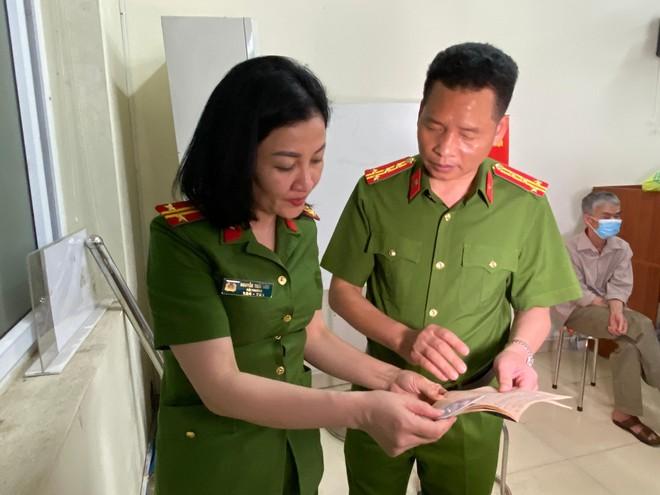Lực lượng Quản lý hành chính Công an Hà Nội: Thiết lập 'kỷ lục' xử lý căn cước công dân gắn chip ảnh 6