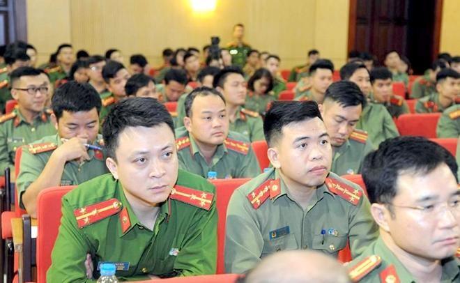 Đại tướng Tô Lâm - Bộ trưởng Bộ Công an đối thoại với đoàn viên thanh niên CAND ảnh 3