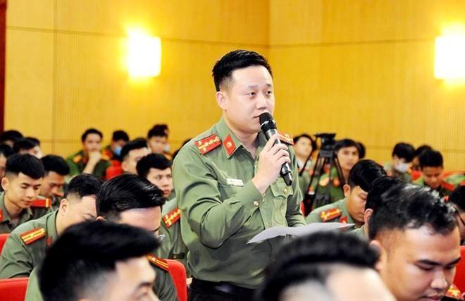 Đại tướng Tô Lâm - Bộ trưởng Bộ Công an đối thoại với đoàn viên thanh niên CAND ảnh 5