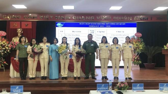 Hội Phụ nữ Công an quận Hoàng Mai, Hà Nội: Đoàn kết, trí tuệ, đổi mới và phát triển ảnh 1