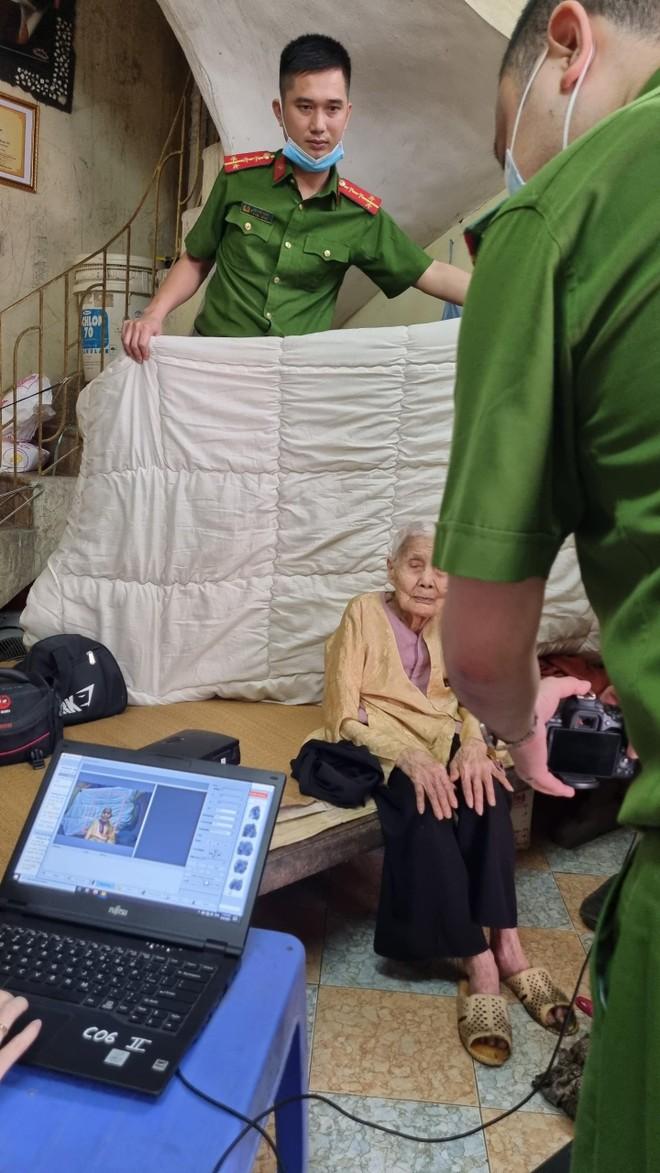Cấp Căn cước gắn chip tại quận Long Biên (Hà Nội): Sáng tinh thần vì nhân dân phục vụ ảnh 10