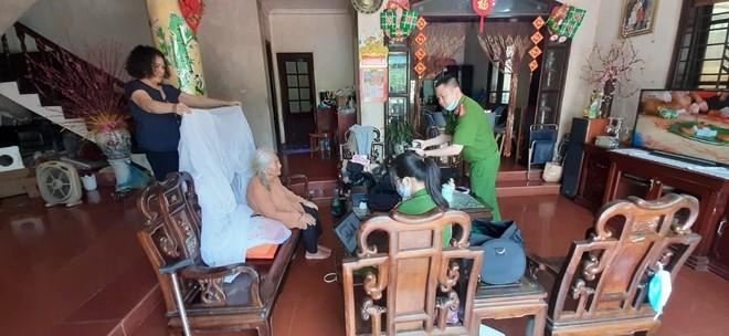 Cấp Căn cước gắn chip tại quận Long Biên (Hà Nội): Sáng tinh thần vì nhân dân phục vụ ảnh 6