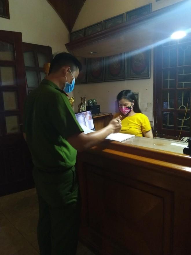 Xuyên đêm thực hiện Mệnh lệnh của Giám đốc Công an Hà Nội – rà soát người nhập cảnh, cư trú trái phép ảnh 10