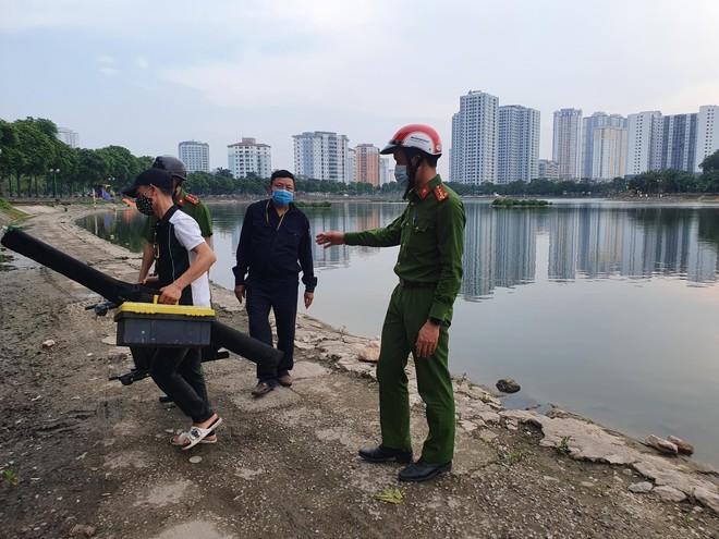 Tuyên truyền nhắc nhở, xử lý nghiêm các trường hợp câu cá tại hồ điều hòa Định Công ảnh 2
