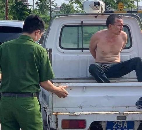 Khởi tố kẻ đâm trọng thương tài xế taxi về tội Giết người ảnh 1