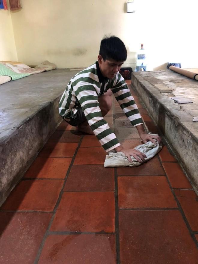 Chống 'siêu' nắng nóng trên 40 độ tại Trại tạm giam số 2 ảnh 4