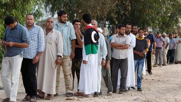 Những ngày cuối đời của ông Gaddafi ảnh 1