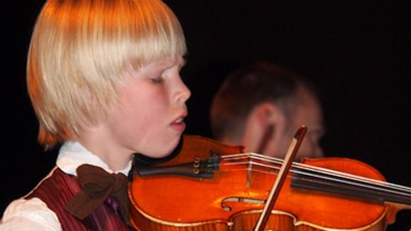 Nghệ sỹ violon tài năng của Nauy đến Việt Nam ảnh 1