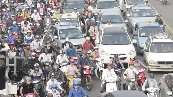 Giải pháp Giảm ùn tắc giao thông: Tình thế đến bao giờ? ảnh 1