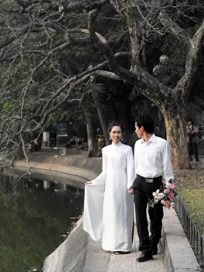 Hà Nội mùa ảnh cưới ảnh 1