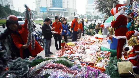 Thị trường Noel trầm lắng ảnh 1