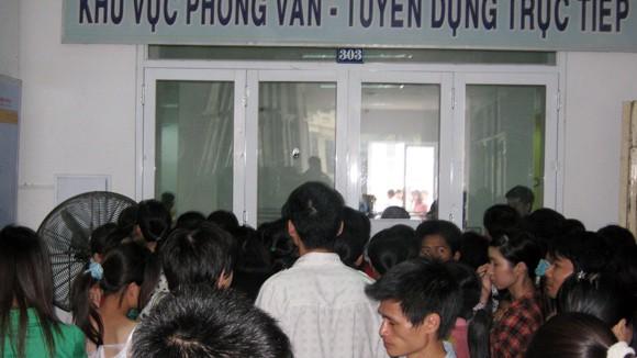 Hà Nội thêm nhiều người thất nghiệp ảnh 1