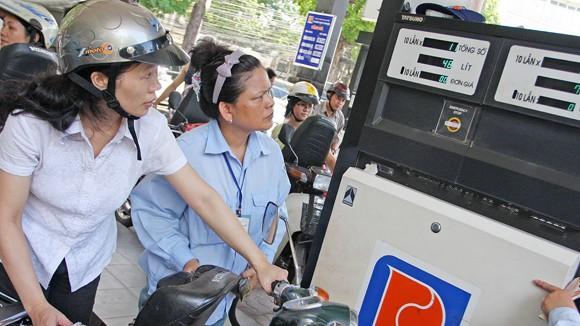Công bố kết quả kiểm tra kinh doanh xăng dầu: Có móc ngoặc giữa doanh nghiệp và đại lý? ảnh 1