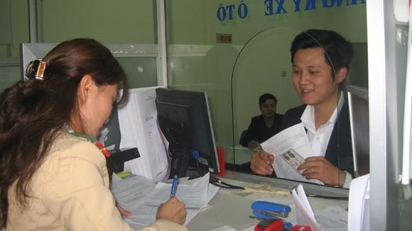 Áp dụng mức lệ phí đăng ký xe máy mới: CSGT Hà Nội đã sẵn sàng ảnh 1