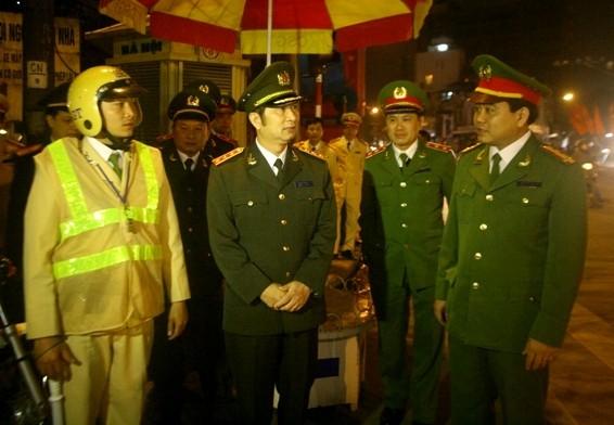 Thượng tướng Đặng Văn Hiếu kiểm tra công tác ứng trực Tết của CAHN ảnh 1