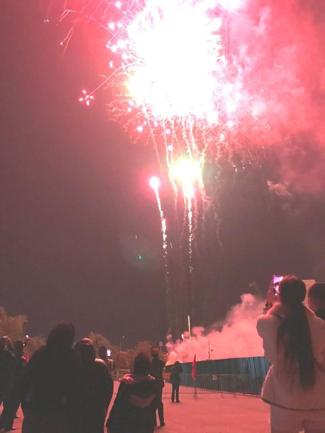 Bình yên đêm 'giao thừa' đón chào năm mới 2021 ảnh 4