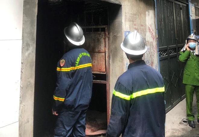 Cháy phòng trọ làm 4 người tử vong ảnh 1