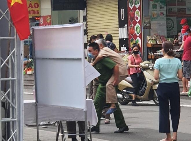 Công an Hà Nội: Đảm bảo tuyệt đối an toàn ngày bầu cử, căng sức trên tuyến đầu phòng chống dịch bệnh ảnh 8