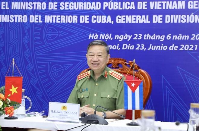 Đoàn kết, gắn bó chặt chẽ giữa Bộ Công an Việt Nam và Bộ Nội vụ Cuba ảnh 1