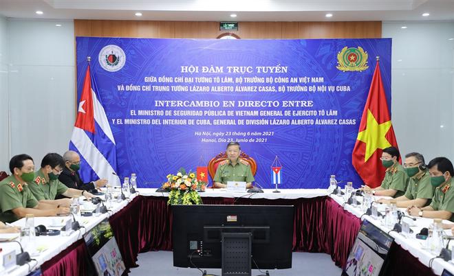 Đoàn kết, gắn bó chặt chẽ giữa Bộ Công an Việt Nam và Bộ Nội vụ Cuba ảnh 5