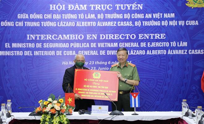 Đoàn kết, gắn bó chặt chẽ giữa Bộ Công an Việt Nam và Bộ Nội vụ Cuba ảnh 4