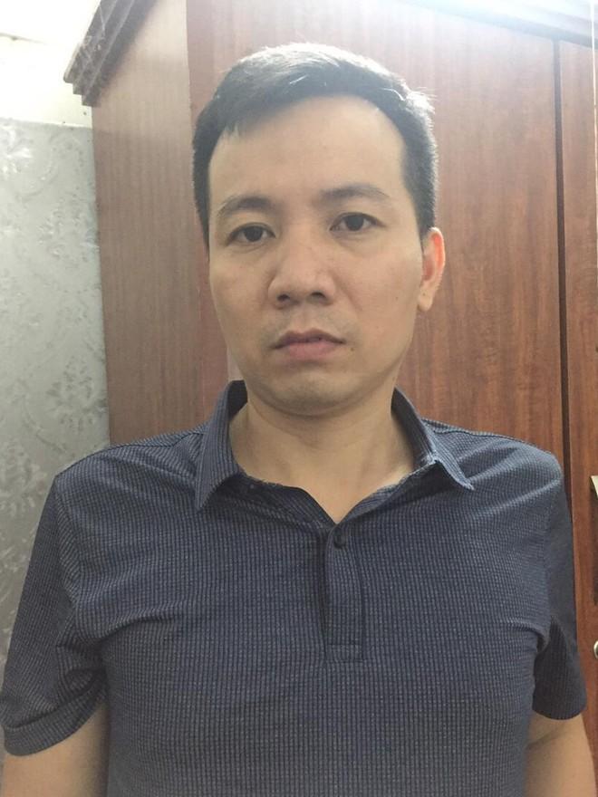 7 bị can bị khởi tố liên quan đến vụ sản xuất, buôn bán sách giáo khoa giả tại Hà Nội và nhiều tỉnh, thành phố ảnh 5