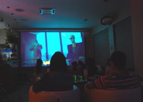 Giới trẻ khoái café phim tình nhân
