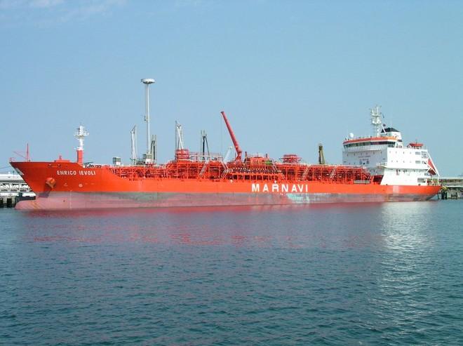 Tàu chở hàng của Italia bị cướp biển tấn công ảnh 1