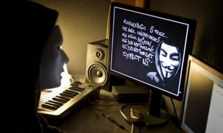 Trang web của Interpol bị Anonymous đánh sập ảnh 1