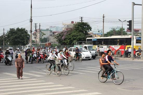 Giao thông Yangon - Hà Nội hai thái cực đáng suy nghĩ (2) ảnh 2