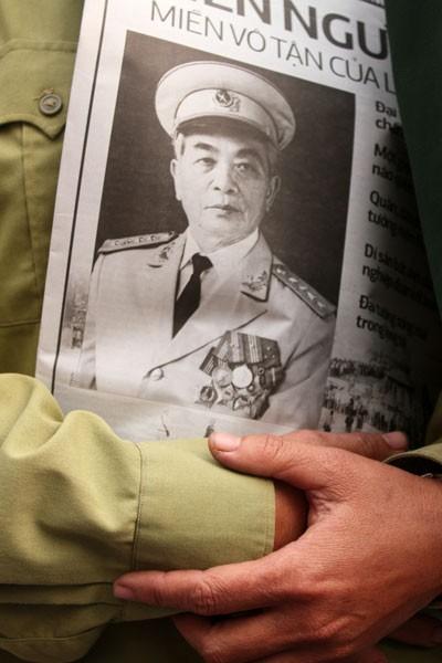 Những người cuối cùng được vào viếng Đại tướng Võ Nguyên Giáp ảnh 36