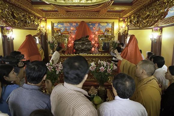 Cung nghinh Phật ngọc và Ấn ngọc về Bảo tháp Đại bi ảnh 4