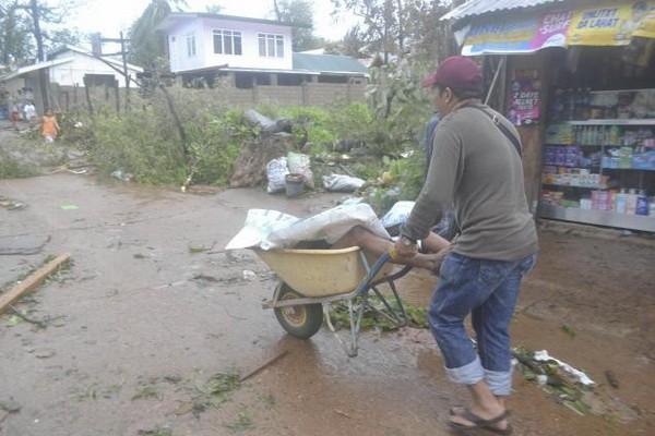 Kinh sợ: Hơn 1.200 người chết vì bão Haiyan ảnh 1