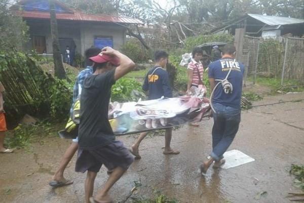 Kinh sợ: Hơn 1.200 người chết vì bão Haiyan ảnh 5