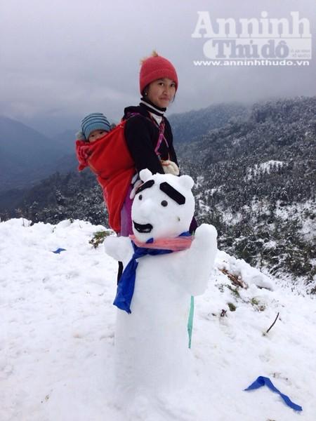 Sa Pa: Tuyết dày 50cm, nhiều vụ tai nạn giao thông do trơn trượt ảnh 10