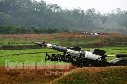 Bắn nghiệm thu tên lửa cải tiến: Tên lửa xé trời tìm diệt mục tiêu ảnh 9