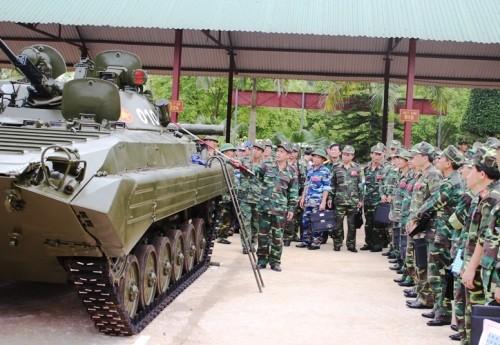 Tập huấn nâng cao cho cán bộ lực lượng Tăng - Thiết giáp toàn quân ảnh 2
