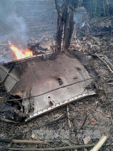 Hình ảnh hiện trường vụ máy bay quân sự Mi-171 rơi khi huấn luyện ở Hoà Lạc ảnh 3