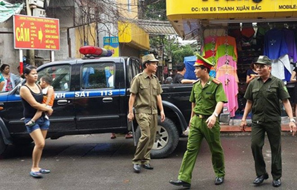 Hà Nội: Vừa giải cứu thành công vụ bắt cóc con tin ở tập thể Thanh Xuân Bắc ảnh 2