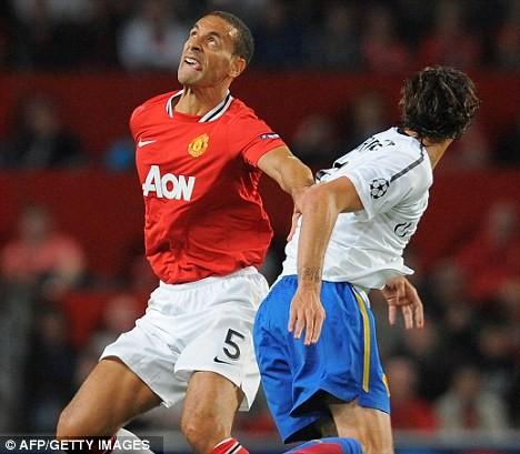 """Rio Ferdinand bị """"bỏ rơi"""" ảnh 1"""