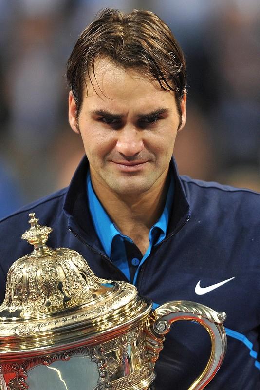 Federer lên ngôi tại quê hương