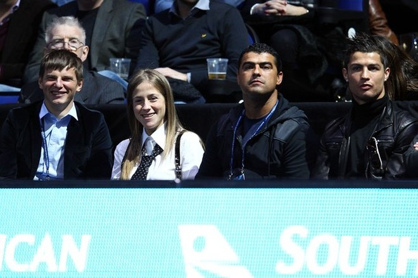 Cris Ronaldo về Anh cổ vũ cho Federer