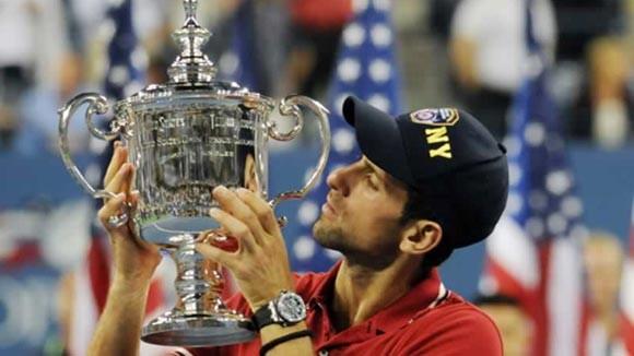 Djokovic xô đổ kỷ lục của Nadal và Federer