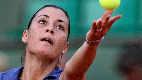 Gia đình sao quần vợt nhận tin xấu