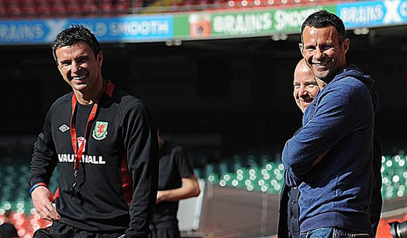 Xứ Wales muốn Ryan Giggs kế nhiệm Gary