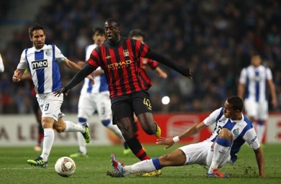 Aguero giúp Man City ngược dòng trước Porto