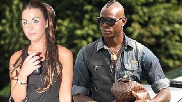 Balotelli thừa nhận có quan hệ với gái làng chơi