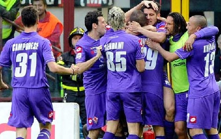 Milan thua sốc ở San Siro, Juver trở lại ngôi đầu