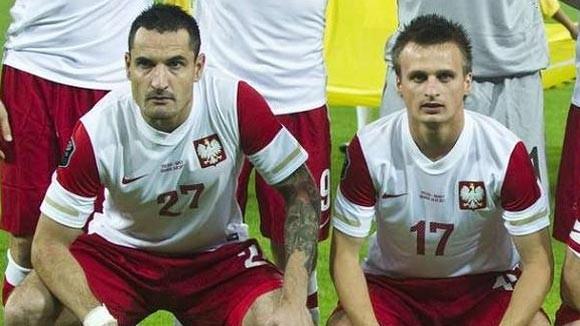 Say rượu, 2 tuyển thủ Ba Lan bị gạch tên