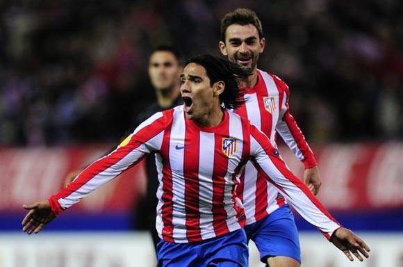 Valencia và Athletic Bilbao cùng chung số phận